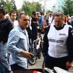Oprescu, chemat în judecată pentru că interzice protestele în București